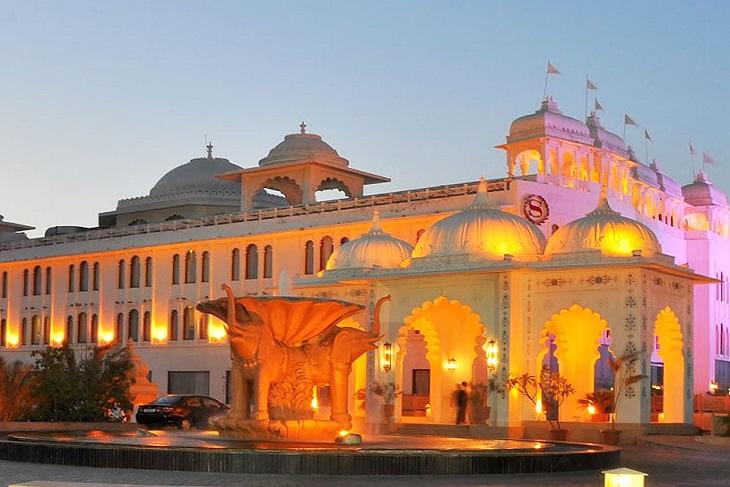 destination wedding at Radisson blu Udaipur resort & spa