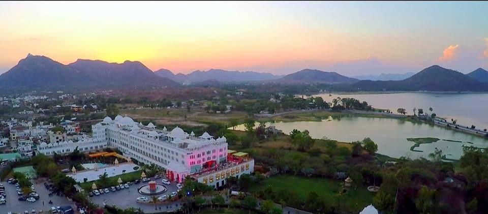 destination wedding at Radisson blu Udaipur